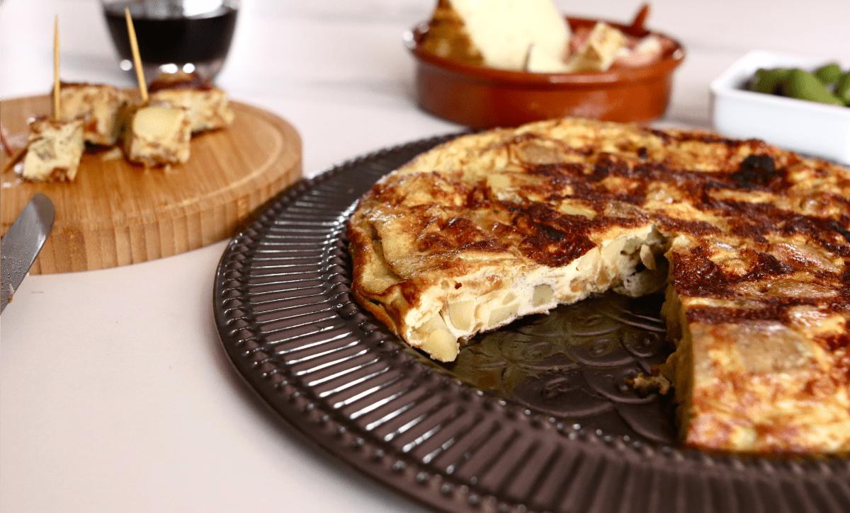 Tortilla de patatas (omelette espagnole)