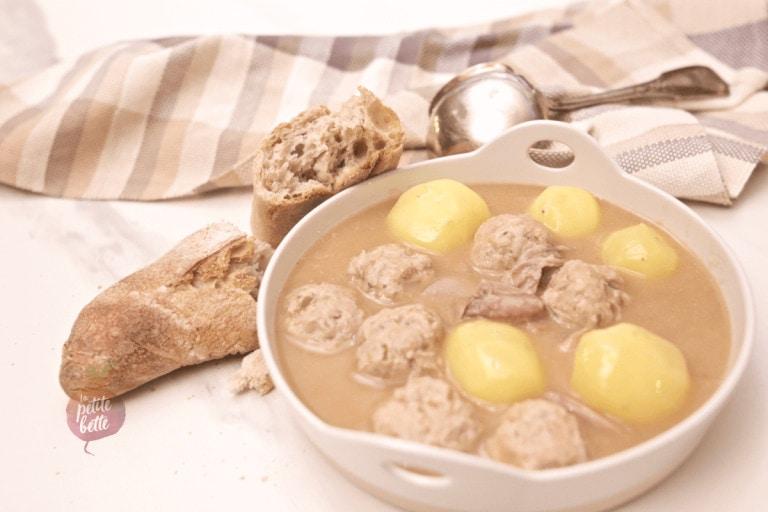 Ragoût de boulettes et pattes de porc