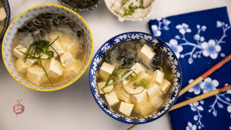 soupe japonaise avec tofu