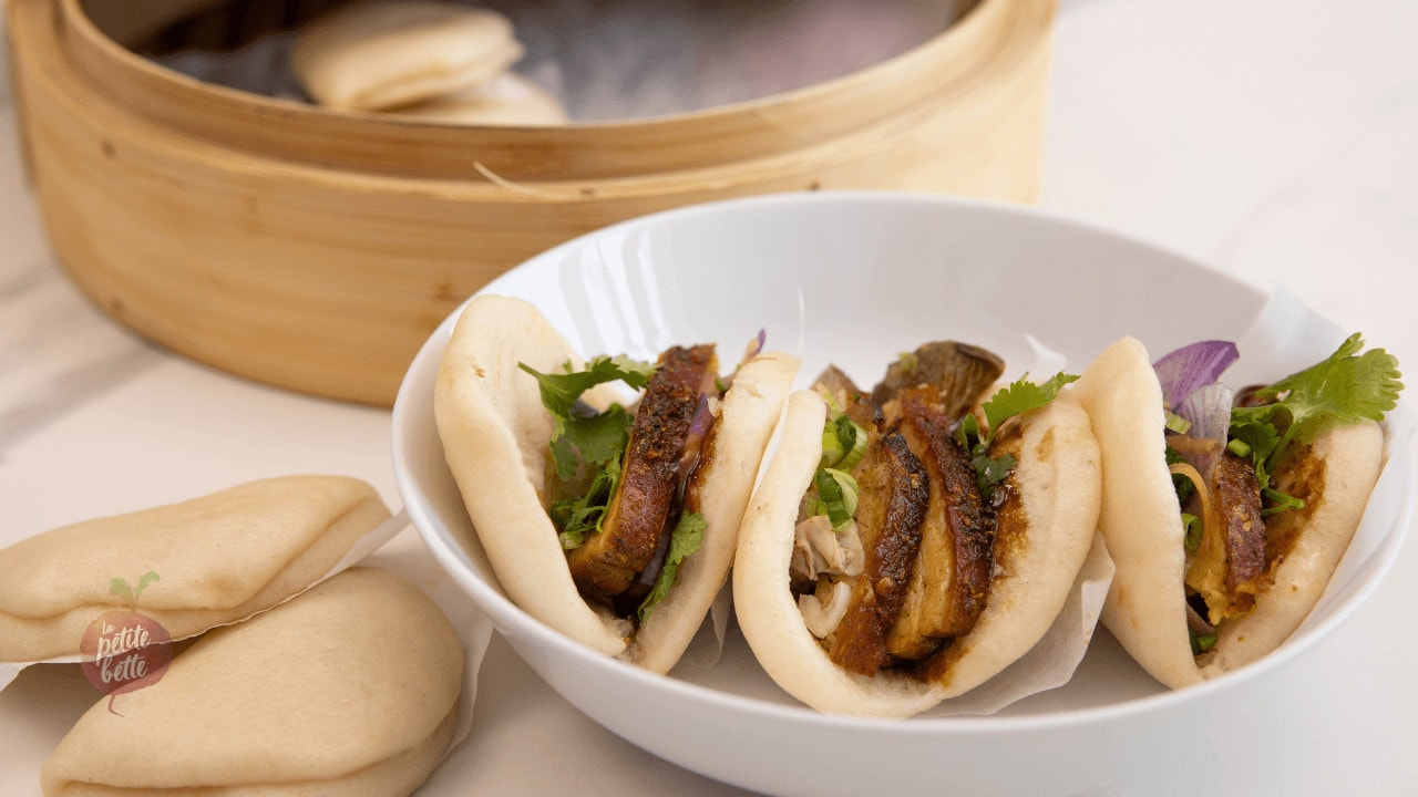 Petit pain buns vapeur asiatique