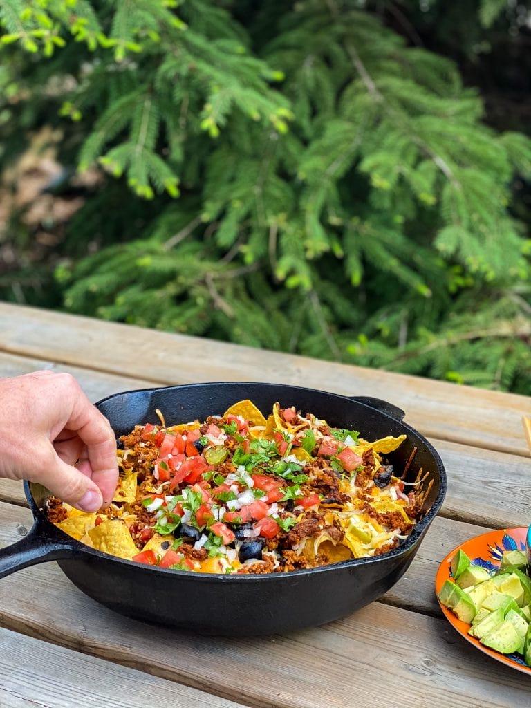 nachos feu de camp ou bbq